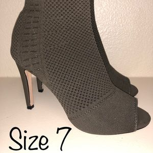 Size 7 Army Green Open Toe Pumps